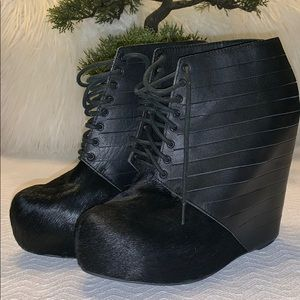 "🍀🍀Make an Offer🍀🍀""Matiko"" Leather wedge sandal"